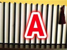 Am lansat pe pagina de Facebook a blogului o provocare pentru cititori: să nominalizeze cărți al căror titlu începe cu câte o literă a alfabetului. În ficeare zi, o altă literă. Totul a început ca un joc, dar și din dorința de a ne îmbogăți lista de lecturi cu noi și noi titluri (ca și…
