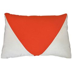 Kim Salmela Pennant 14x20 Outdoor Pillow Orange Decorative Pillows (2,010 MXN) ❤ liked on Polyvore featuring home, outdoors, outdoor decor, outdoor patio decor, patio decor, orange outdoor pillows and outdoor patio pillows