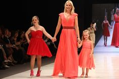 coleccion vestidos de madrina jorge ibañez - Buscar con Google