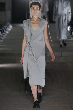 Damir Doma Spring 2016 Ready-to-Wear Collection - Vogue