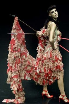 Alexander McQueen, The Dance of the Twisted Bull, Spring/Summer, 2002
