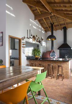 Casa de campo exibe peças antigas dos moradores na decoração | CASA CLAUDIA