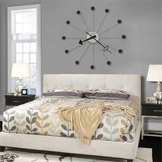 Настенные и напольные часы в интерьере квартиры