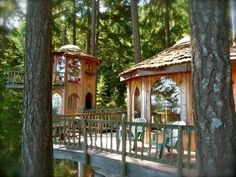 Magical Hobbit House for rent on Orcas Island in Washington State.