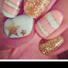 nails! (: pink, gold, sparkly.