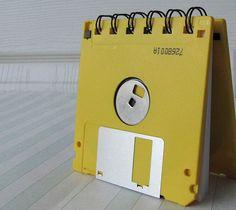 como hacer una libreta de notas con un diskette