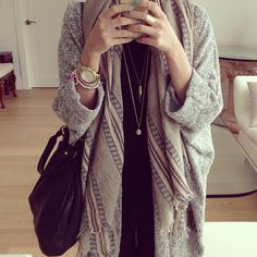 Comfy cardigan with a loose scarf, perfect everyday outfit <3