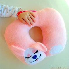 Kid's Bunny Travel Pillow / Neck Pillow - TOYS, DOLLS AND PLAYTHINGS - I've got a long, loooong airplane ride with my two and three year old daughters coming up. Gold Pillows, Cute Pillows, Baby Pillows, Kids Pillows, Bolster Pillow, Throw Pillow, Sewing For Kids, Diy For Kids, Kids Travel Pillows