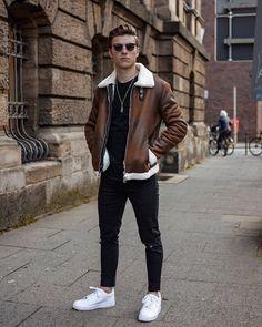 Trendy Mens Fashion, Stylish Mens Outfits, Casual Outfits, Fashion Outfits, Fashion Advice, Runway Fashion, Men's Fashion, Fashion Trends, Smart Casual Menswear