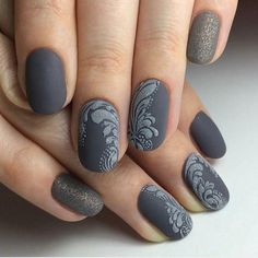 32 looks lindos para unhas curtas fosco; unhas foscas para o outono; prego simples e fosco … - Design de unhas ! Gorgeous Nails, Love Nails, Pretty Nails, Sugar Nails, Nail Art Pictures, Art Pics, Gray Nails, Matte Nails, Nail Polish