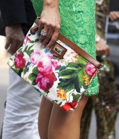 floral + lace #floral #clutch