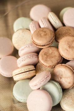 Plum Pretty Sugar - pastel #macaroons