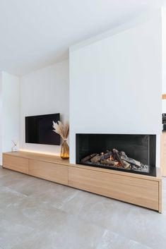 Living Room Decor Fireplace, Home Fireplace, Modern Fireplace, Fireplace Design, Home Living Room, House Extension Design, House Design, Living Room Tv Unit Designs, Home Interior Design