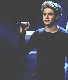 You just can never have too many Niall pics on your board.