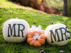 7 Glamorous Ways to Decorate Your Fall Wedding With Pumpkins   TheKnot.com