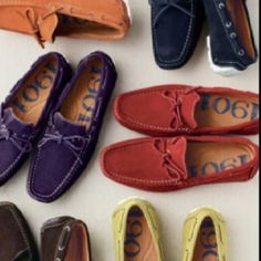 1901 Maui Driving Moc - Soft soles provide a better feel for the pedals. Rubber-treaded heels prevent scuffing while braking. This shoe is a winner at the office too- even if you ride the bus. Boat Shoes, Men's Shoes, Preppy Look, S Man, Spring Shoes, Moccasins, Nordstrom, Slip On, Footwear