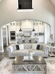 like this separation between family room and kitchen