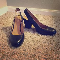Nine West sling back heels Absolutely perfect for work or going out. These have never been worn. Fit well and true to size! No box. Nine West Shoes Heels
