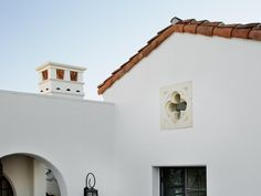 The tiny window detail makes the whole space antique. HGTV: This large home owes its beautiful Spanish Revival style to Hugh Jefferson Randolph Tiny window makArchitects, whose design evokes the best of the historical style.