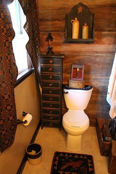 Most Design Ideas Primitive Country Bathroom Decor Pictures, And Inspiration – Modern House Primitive Country Bathrooms, Primitive Bathroom Decor, Country Baths, Primitive Homes, Prim Decor, Primitive Furniture, Rustic Bathrooms, Country Primitive, Country Decor