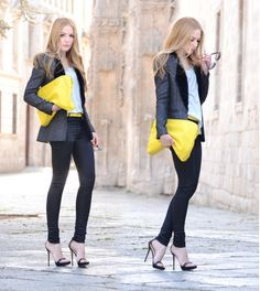 Love this pop of yellow.. Black clothes is always classy.