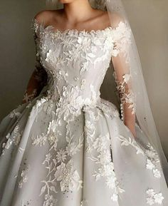 What a magical wedding dress! Pale Blue Silk Organdy and Satin Embroidery… What a magical wedding dress! Pale Blue Silk Organdy and Satin Embroidery… Dream Wedding Dresses, Bridal Dresses, Wedding Gowns, Lace Wedding, Wedding Dress Blue, Couture Dresses Gowns, Wedding Summer, Wedding Dress Sleeves, Princess Wedding