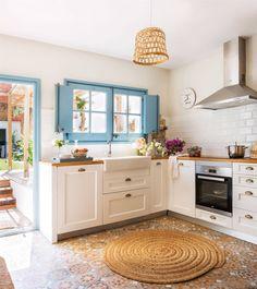 C'est maintenant la plus jolie maison du village Farmhouse Kitchen Decor, Country Kitchen, Kitchen Interior, New Kitchen, Home Interior Design, Modern Farmhouse, Countryside Kitchen, Küchen Design, House Design