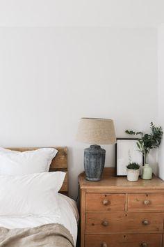 Bedroom Makeover — madeleine olivia – Modern Design – cozy home warm Cheap Dorm Decor, Cheap Bedroom Decor, Home Decor Bedroom, Living Room Decor, Cheap Bedroom Makeover, Hippie Home Decor, Fall Home Decor, Home Decor Kitchen, Natural Home Decor