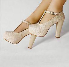 white wedding shoes/ flatform heels pump from zzkko.com