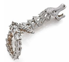 Lot 1046 - AN IMPORTANT DIAMOND, YELLOW AND WHITE GOLD BRACELET ATTRIBUTED TO CAMTAMESSA