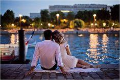 romantic evening in Paris | Image by Flora Chevalier Photographie #LMBL  mariage-scenographie-laseine-shootingphoto-lamarieebyline
