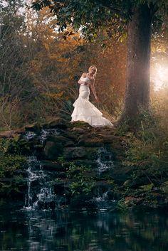 Beautiful Fashion Forward Bridal Photo. Outdoor Bridal Portrait for Nicoll's Wedding Photography. Outdoor Portrait Lighting with Lance Nicoll.