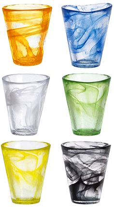 My latest obsession? These swirl Kosta Boda tumblers. I mean, that orange? So darn smart. Bring on the bar cart! YOU MAY ALSO LIKEAll Grown UpHopeless RomanticTwinkle ToesDelusional House Hunting