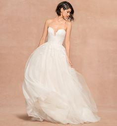 Wedding Dress Organza, 2015 Wedding Dresses, Tulle Wedding, Wedding Dress Styles, Bridal Dresses, Gown Wedding, Wedding Blush, Spring Wedding, Mermaid Wedding