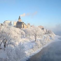 Winter turns the city into a winter wonderland. | 17 Gorgeous Photos Of Saskatoon That Will Make You Want To Visit Right Now