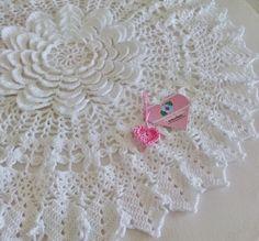Tecendo Artes em Crochet: Centro de Mesa Flor Bella!