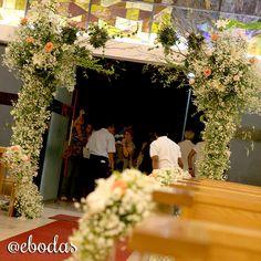Toma idea del estilo Shabby Chic para una entrada espectacular a la ceremonia #wedding #ebodas