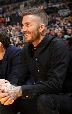 David Beckham Haircut, David Beckham Style, Short Hair Cuts, Short Hair Styles, Best Portrait Photography, Hair And Beard Styles, Haircuts For Men, Hair Trends, Hair Inspiration