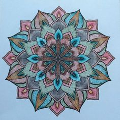 Denksport Mandala, gekleurd met Stabilo Aquacolor