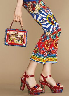 Dolce & Gabbana Summer 2016 Fashion Clothes and Accessories inside the 'Sicilian Carretto' Women Collection.