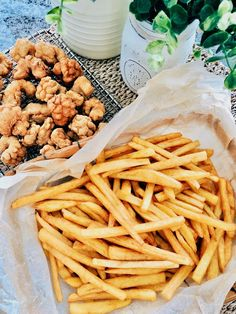 homemade crispy french fries ~ highly recommended 自制脆脆薯条~强推 – Victoria Bakes Crispy French Fries, Homemade French Fries, Distilled White Vinegar, Potatoes, Victoria, Baking, Breakfast, Recipes, Food