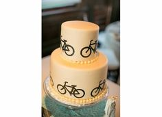 Bike wedding cake