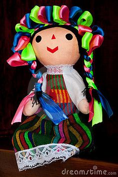 Muñeca Mexicana Fotos Stock – 61 Muñeca Mexicana Imágenes Stock, Fotografía Stock & Fotos - Dreamstime