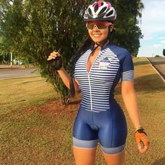 You are the size of your dreams ! Fight, persist, insist, run behind, but never give up 🚴🚴💗💗 DM for credit Bicycle Women, Road Bike Women, Bicycle Girl, Lady Biker, Biker Girl, Radler, Cycling Girls, Cycle Chic, Beautiful Athletes