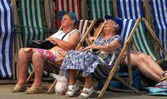 Blackpool beach #deck_chairs. Love this pic :)