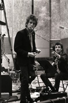 Bob Dylan and Mike Bloomfield. (Courtesy Don Hunstein/Sony Music Archives)