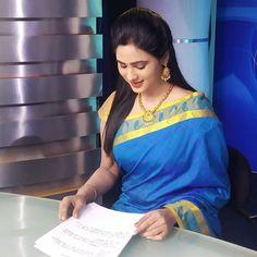 Beautiful Girl In India, Beautiful Women Over 40, Beautiful Saree, Beautiful Bollywood Actress, Most Beautiful Indian Actress, Beauty Full Girl, Beauty Women, Real Beauty, Hollywood Actress Photos