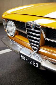 1969 Alfa Romeo GT Junior - My old classic car collection Alfa Romeo Gtv 2000, Alfa Romeo Cars, Retro Cars, Vintage Cars, Muscle Cars, Alfa Alfa, Alfa Romeo Spider, Alfa Romeo Giulia, New Trucks