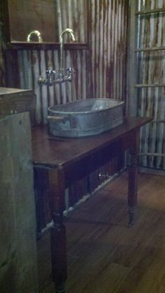 This reminds me of the sink I had in Bat Cave. I think it would be wonderful in an outdoor kitchen.