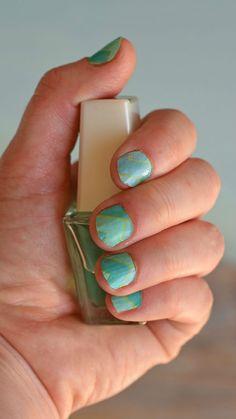 Temporary Washi Sheet Nails made with the Cricut Explore Air 2 and Cricut Washi Sheets | DIY nail art tutorial  AD